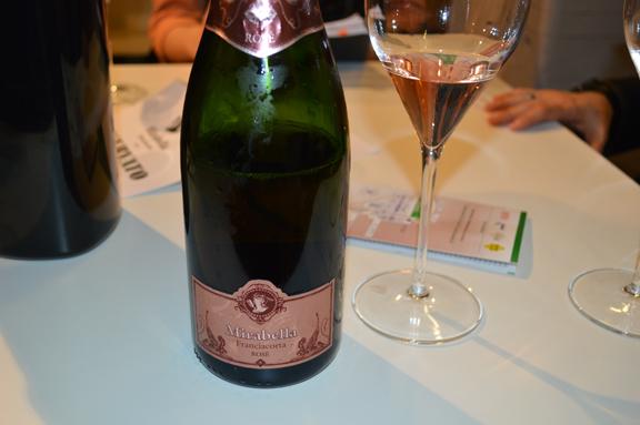 mirabella rosato rose wine